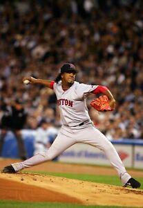 Pedro-Martinez-UNSIGNED-8x10-Photo-Boston-Red-Sox