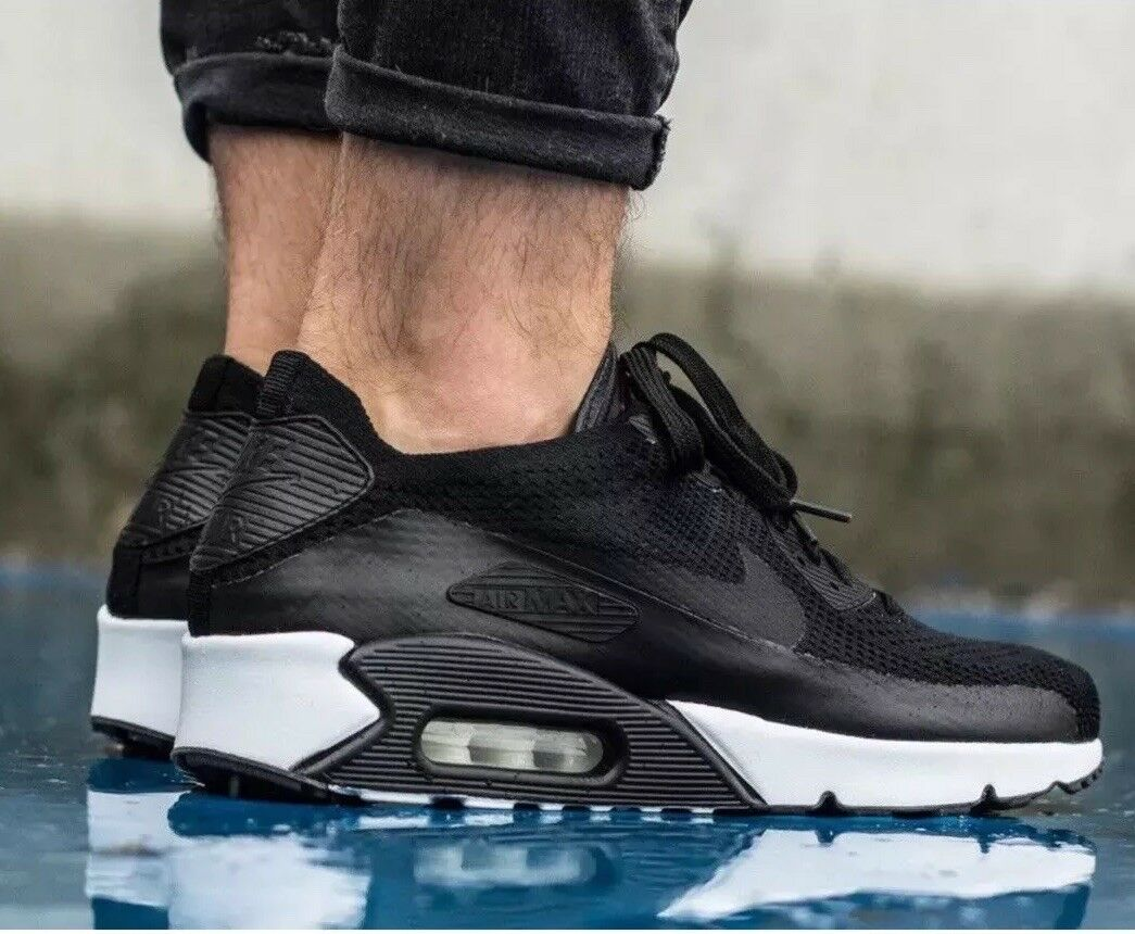 """Nike Air Max 90 Ultra 2.0 Flyknit 875943-004 """"Black White""""Mens Size 11US"""