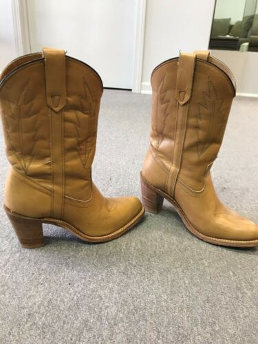 Women's Miss Capezio Cowboy Boots size 8