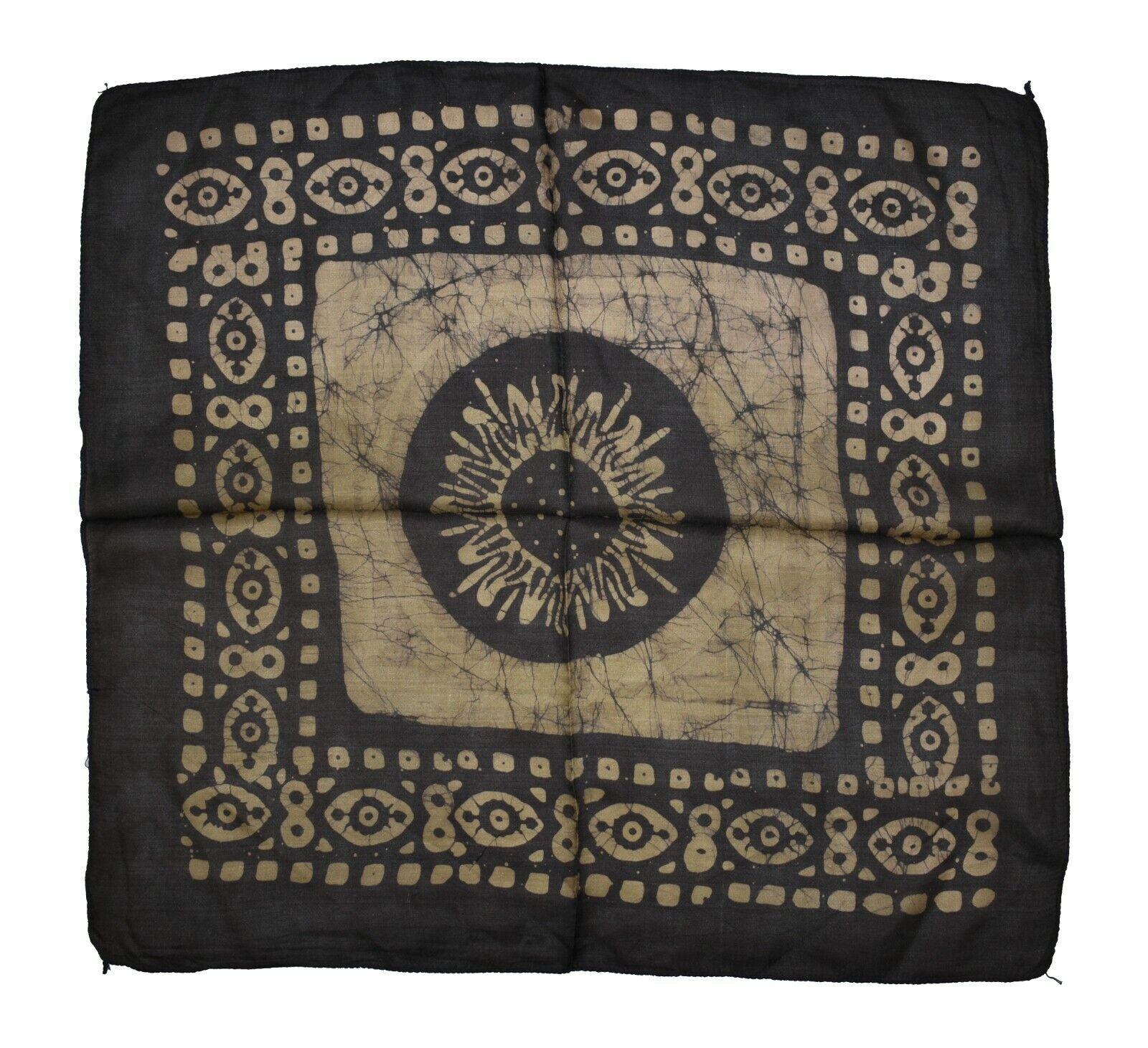 Cuadrado pequeño étnico hippy boho batik Bufanda de seda hecha en la India Aprox 50cm (BT84)