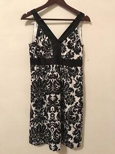 Ann-Taylor-Loft-Black-White-Floral-Sleeveless-Dress-Size-4P