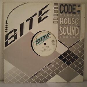 Rickster-CODE-4-HOUSE-SOUND-Vinyl-12-034-Maxi-45-Tours