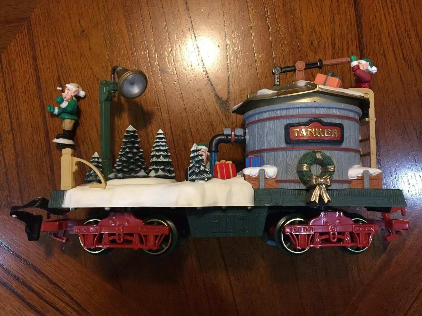 New Bright Holiday Express 384-2, Water Tanker Skating Car, Excellent Condition