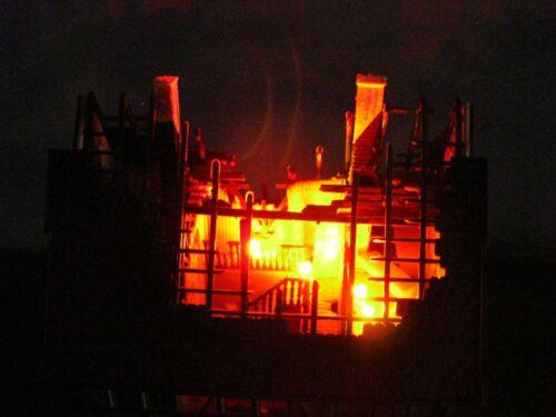 Flackerlicht 1 x 3 LEDs 3mm brandflackern Feuer brennendes Haus Feuerschein #1