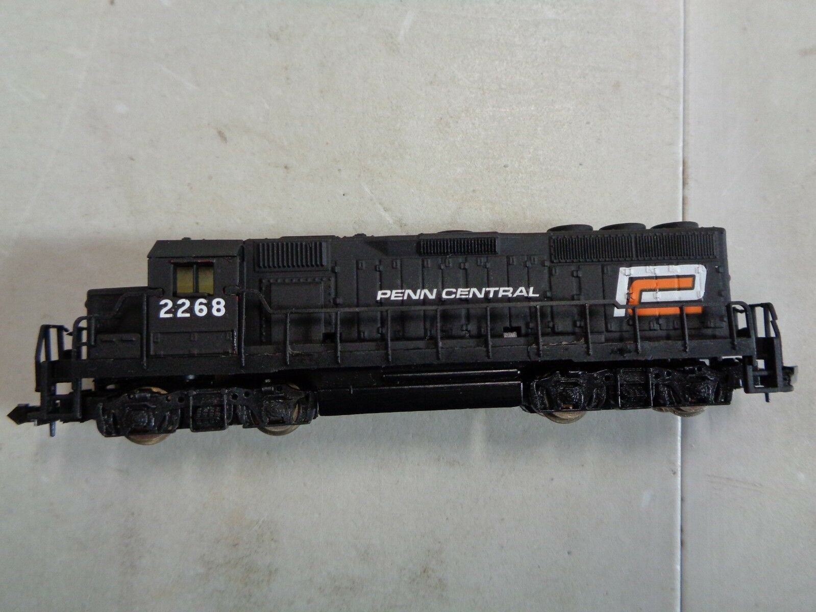 Penn Central 2268 Locomotive N Scale