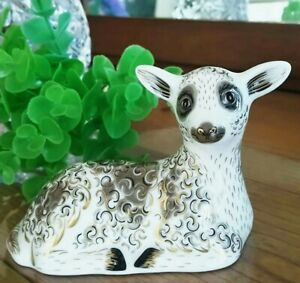 Royal-Crown-Derby-Paper-Weight-Sitting-Sheep