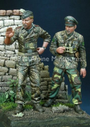 ALPINE MINIATURES   35068, WSS Panzer Crew Set 44-45 (2 figures), SCALE 1 35