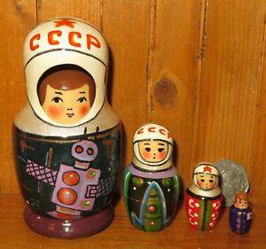 USSR-cosmonaut-SPACE-5-Nesting-dolls-HAND-PAINTED-Interkosmos-small-RYABOVA-GIFT