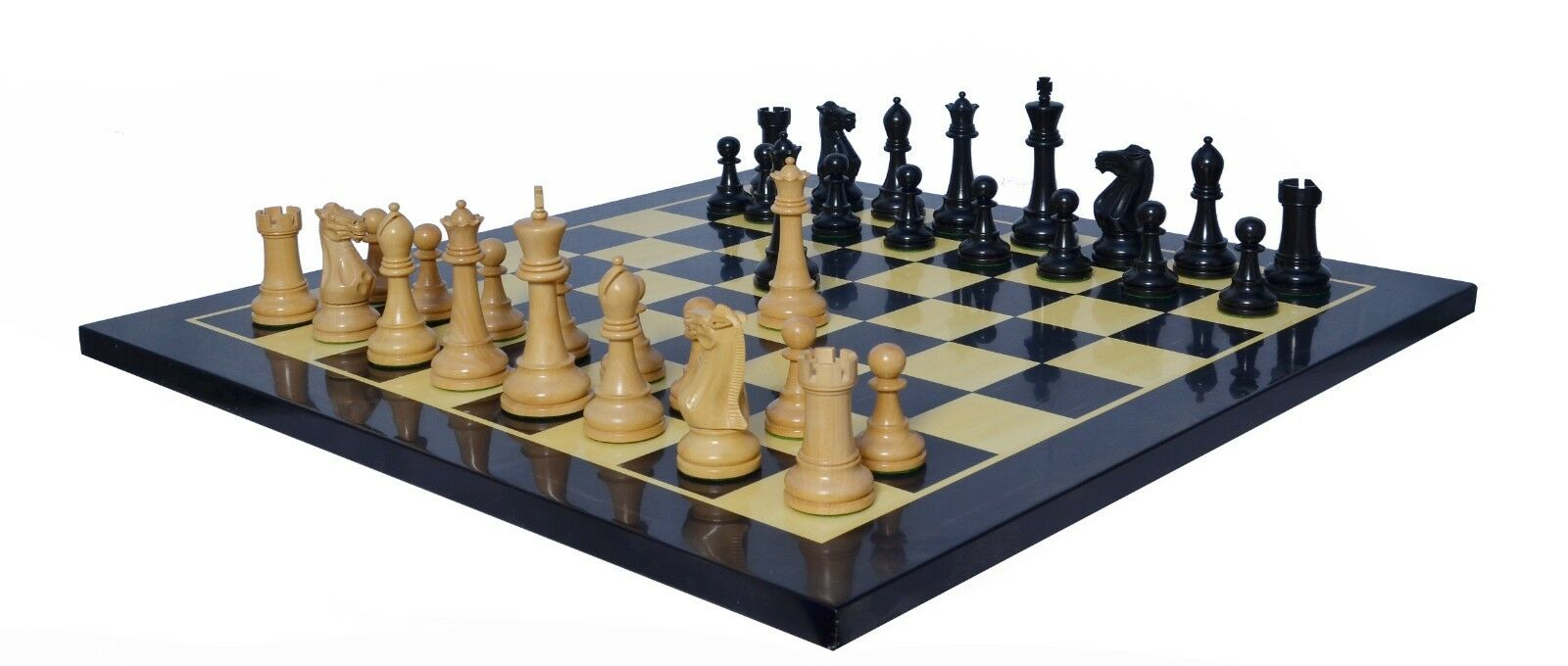 Verona Series Staunton 4  Ebonised Chess Pieces with Chess board