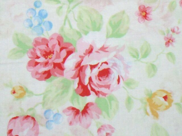Cottage Shabby Chic Lecien Princess Rose Floral Fabric 31265L-20 w//Pink Dots BTY