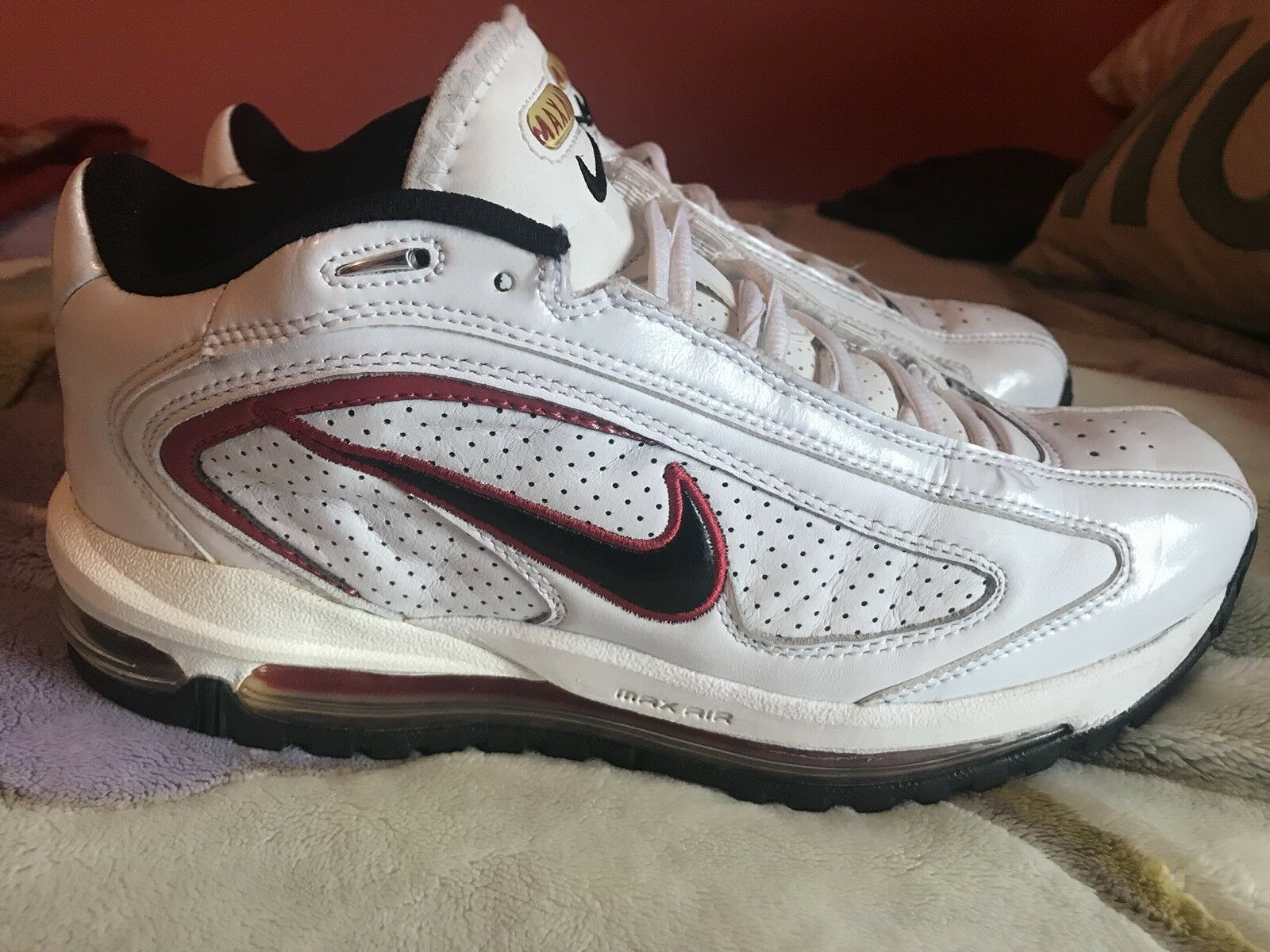 Nike Max Air White Red Cross Training size 8.5 New shoes for men and women, limited time discount