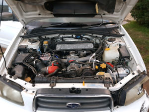SUBARU-FORESTER-XT-EJ25-TURBO-ENGINE