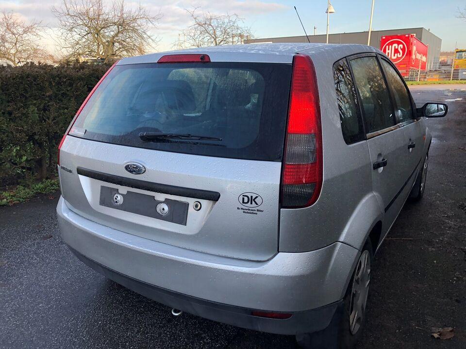 Ford Fiesta, 1,3 Ambiente, Benzin
