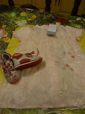 Neufs !!!!9mois Adorable Robe Surbrodée +chaussures Assorties =