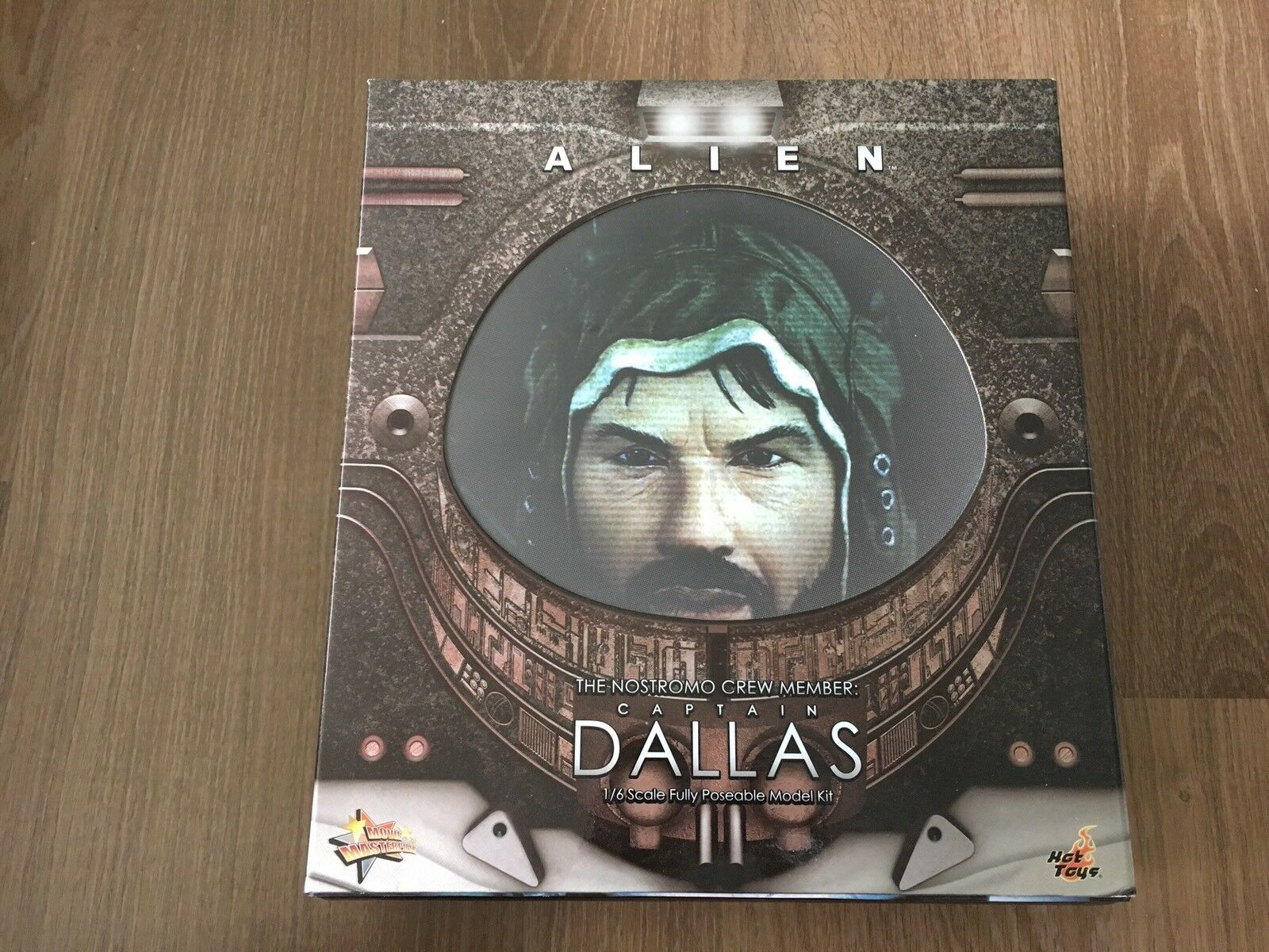 HOT TOYS 1 6 MMS 63 ALIEN CAPTAIN DALLAS
