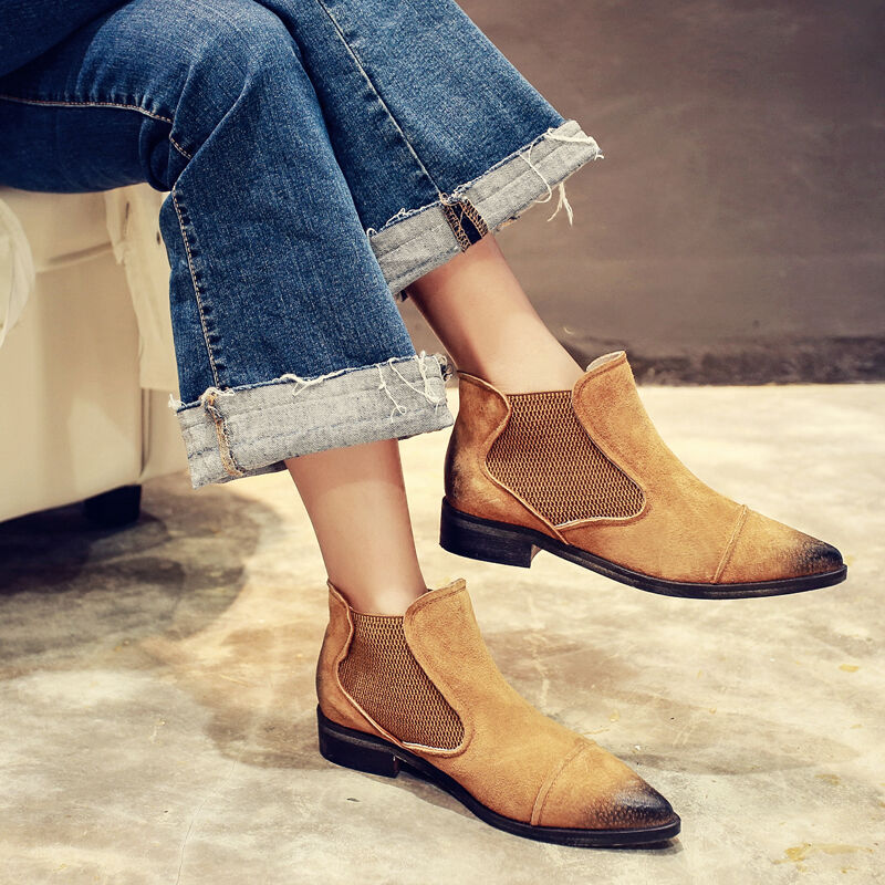 Fashion Chelsea Boots Vintage Pointy Toe Flat Ankle Boots Leather Casual Shoes