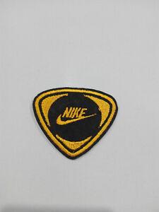 comprar oficial comprar más nuevo zapatos para baratas Parche bordado para coser estilo Nike 6/5 cm AMARILLO adorno ropa ...