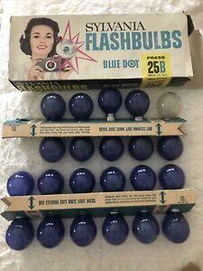 Lot of 2 Vintage Sylvania Blue Dot Flashbulbs Press 25 & 25B Total 22 bulbs