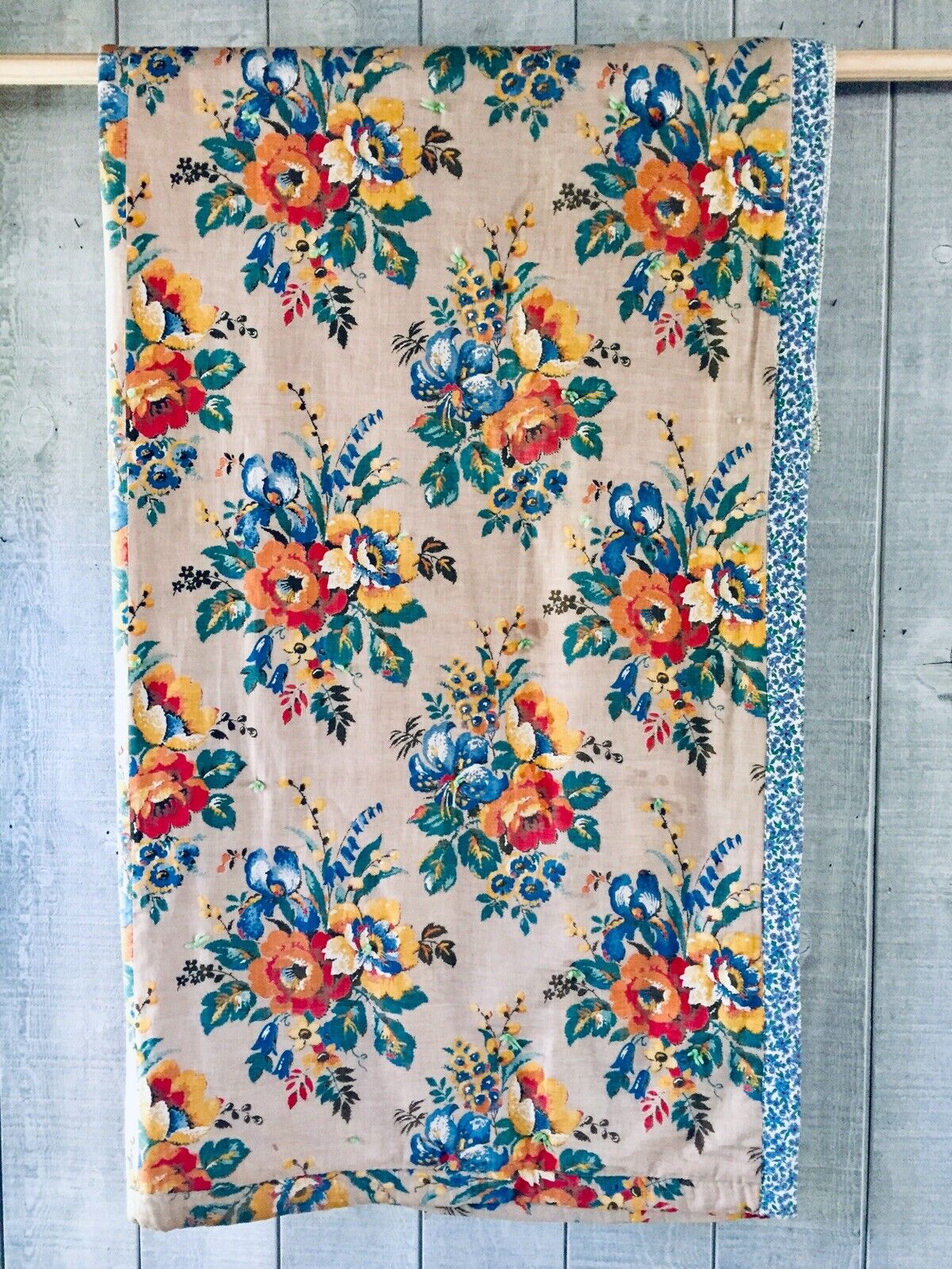 Vintage Floral Whole Cloth Hand Tied Quilt Blanket 73  x 64