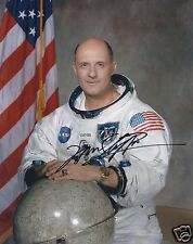 TOM STAFFORD APOLLO 10 SIGNED 10x8 PHOTOGRAPH -  UACC AFTAL RD AUTOGRAPH