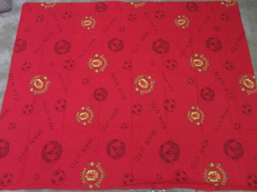 Manchester United Football Club emblemas Rojo remanente Craft Tela Pieza 240x145cm