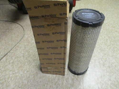Lot of two Perkins 26510362 Air Filters wix 42801 napa 2801