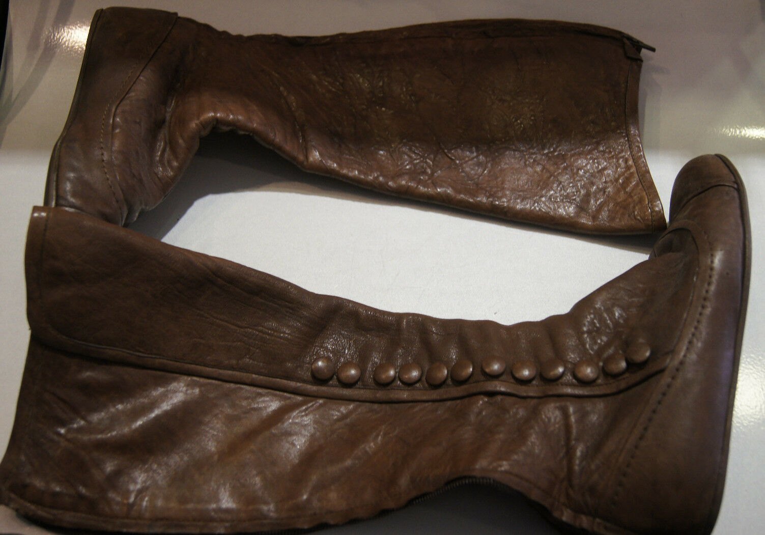 LANVIN 2006 BROWN FLAT BOOTS ZIPPER BUTTONS LEATHER 8 1/2 STYLISH