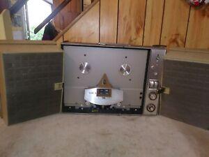 Vintage-Ampex-Model-860-Reel-to-Reel-Tape-Recorder-powers-up-needs-work