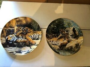 Royal-Doulton-The-Franklin-Mint-Heirloom-Cat-Napping-amp-Basking-in-sun-Plates