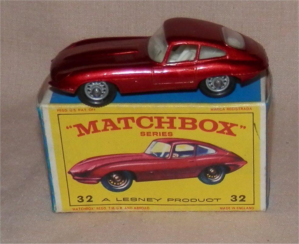 1960s.Lesney Matchbox.32.Jaguar  E type.Mint in SCARCE  E  box,all original