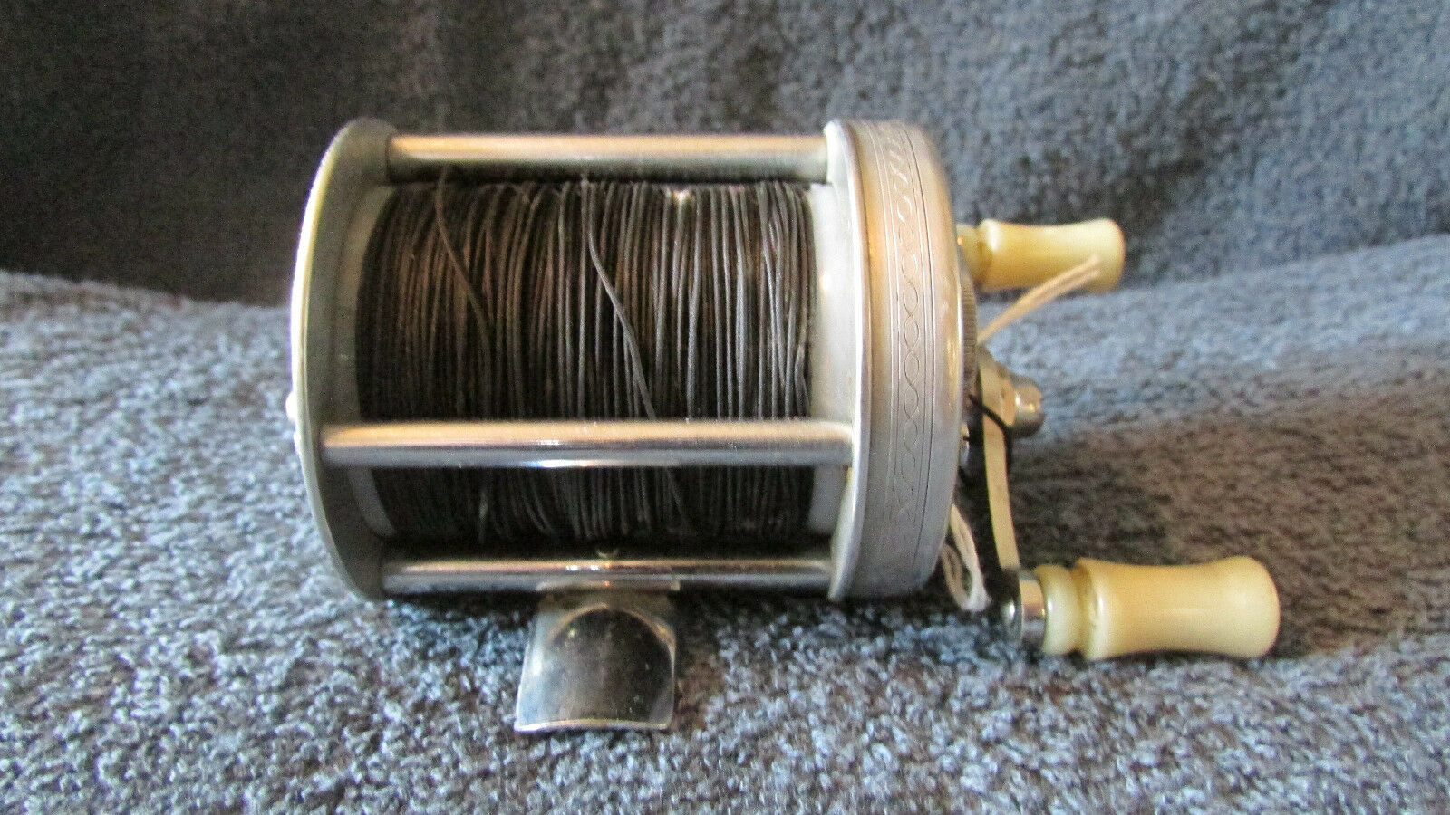 Vintage Pflueger Nobby No. 1963 Fishing Reel  - USA   (G 7)