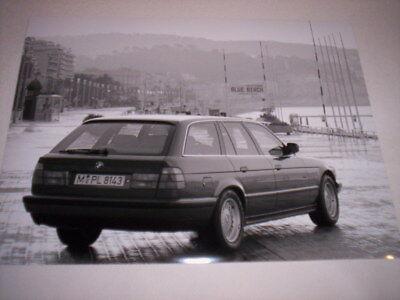 Ben Informato Orig Fabbrica Foto Foto Bmw 520i 525i 530i 525tds Touring E34 1991, Grande, 3/4 Posteriori-