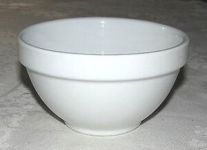 "Williams Sonoma White 5.1/4"" One Pint Mixing / Soup Bowl"