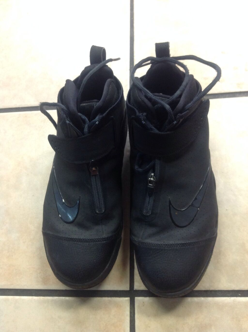 Gentlemen/Ladies Men's Nike Air Flight size 12 Easy to clean surface In short supply Selling new products