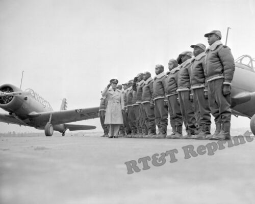 Photograph  WWII 1941 First Class of Tuskegee Cadets Alabama  Vultee BT-13  8x10