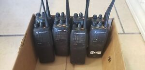 Motorola-HT750-UHF-Two-Way-Radio