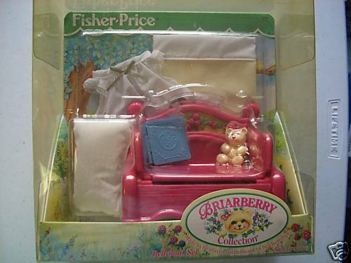 FISHER PRICE BRIAR BERRY BEDROOM SET *NEW*