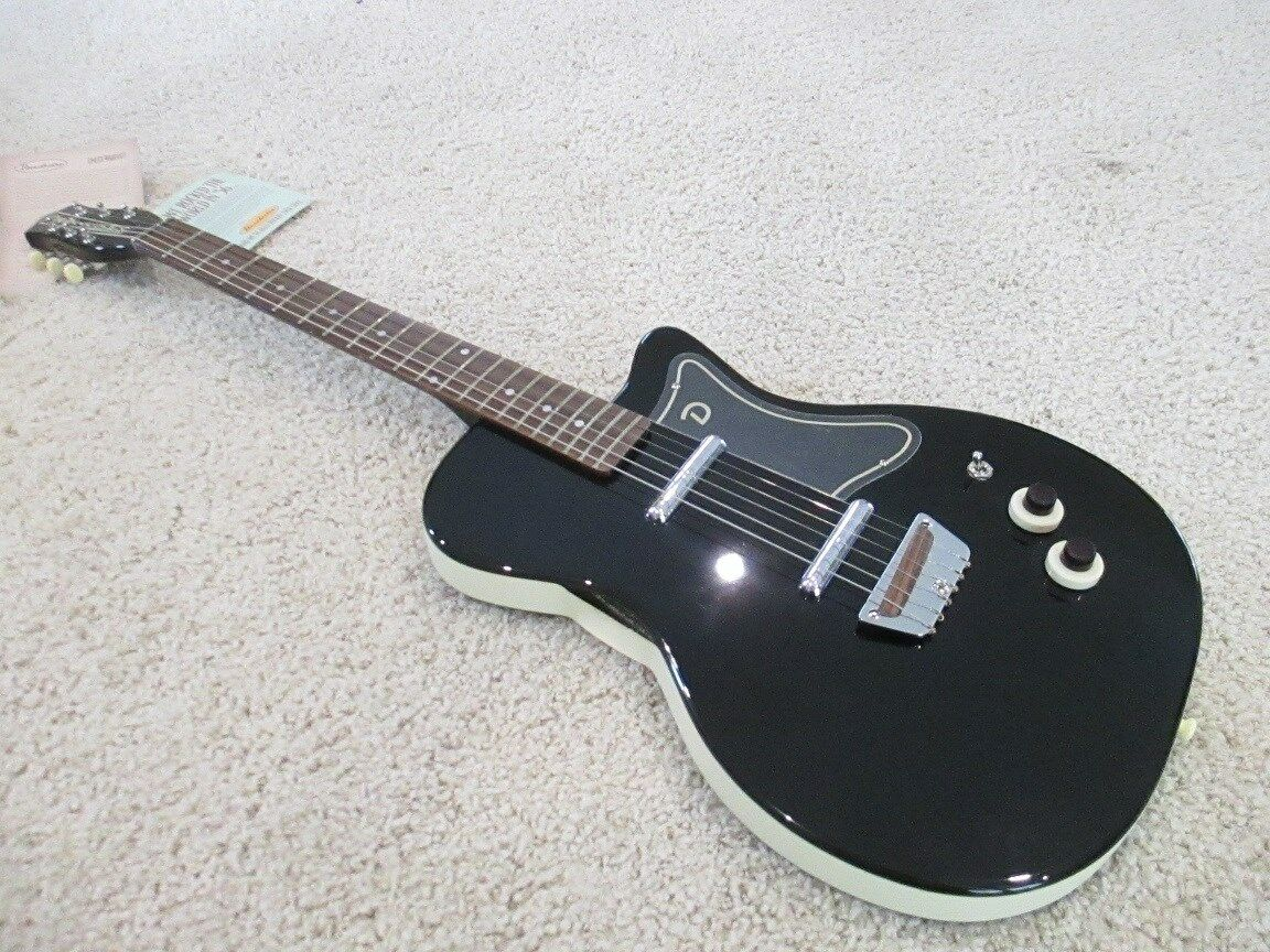 1998 Danelectro U-2 First Issue w Hang Tags Brand New Condition