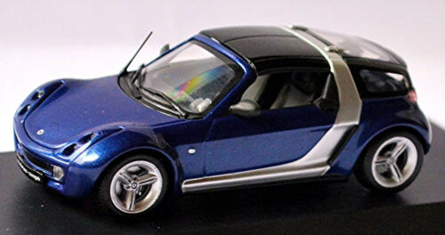 Smart Roadster Coupe Typ 452-2003-05 star blue blau metallic 1:43 Minichamps
