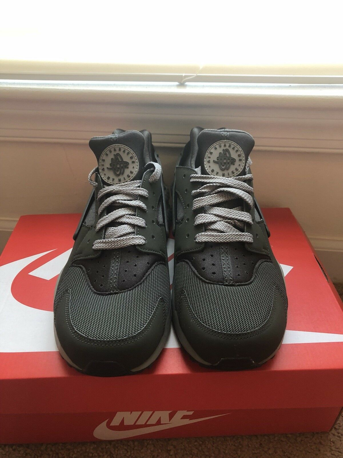 mens nike huarache size 8  Cheap and fashionable
