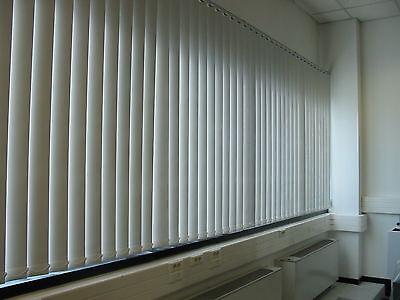 tende verticali per casa o ufficio pronte da appendere