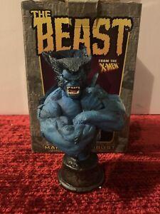 Bowen-Design-THE-BEAST-Marvel-Mini-Bust-2002-Limited-Edition-X-men-Wolverine
