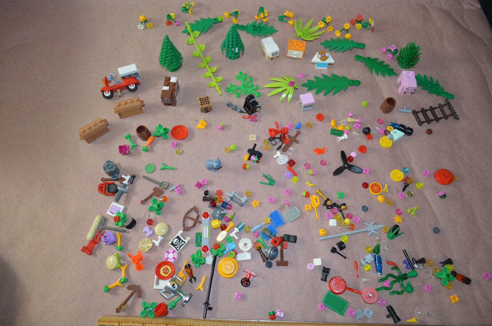 LEGO Acessories Chest Weapons Trees Propeller Lot Mini Figs 6 oz Of Pieces  1918