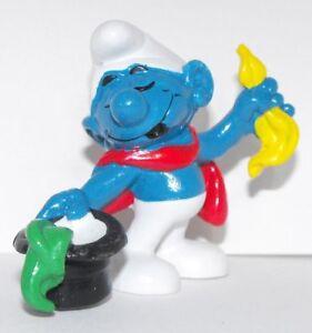 Conjurer-Smurf-2-inch-Plastic-Figurine-20114-Magician