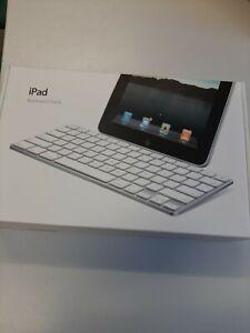 Genuine-Apple-iPad-Keyboard-Dock-IPAD-1-2-AND-3-A1359-Brand-New