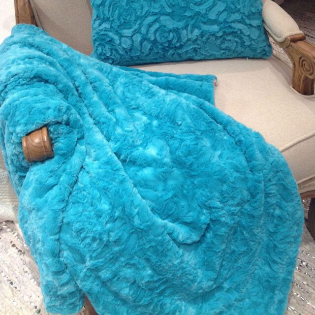 Cosy Warm Soft Throw Rug Blanket Aqua Reversable Taupe Rose Pattern 160 x 160 cm