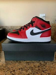 "Details about Air Jordan 1 Mid ""Chicago Black Toe"" GS Size  3.5Y/4Y/4.5Y/5.5Y 554725-069"