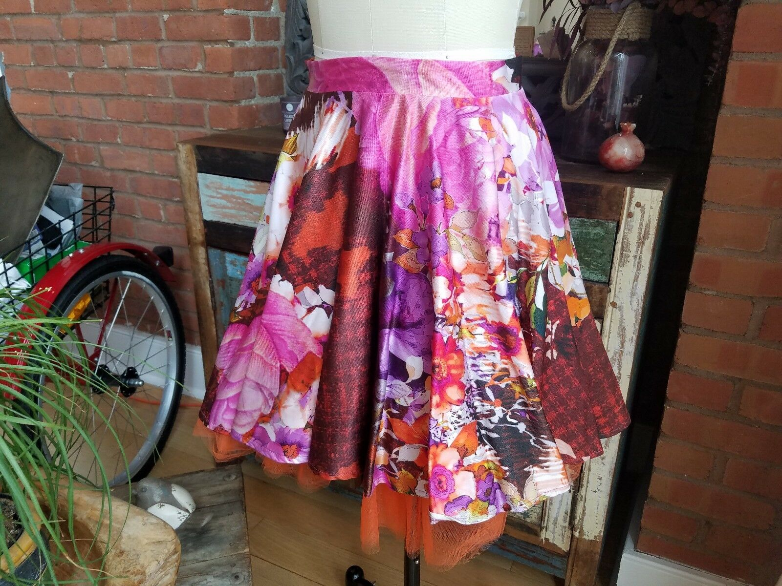 Angela Mele Milano orange Purple Floral Print Tulle Skirt  SZ 42 US 6 New