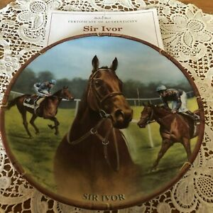 RACEHORSE-PLATE-SIR-IVOR-DANBURY-MINT-ROYAL-WORCESTER-CERTIFICATE-BOXED
