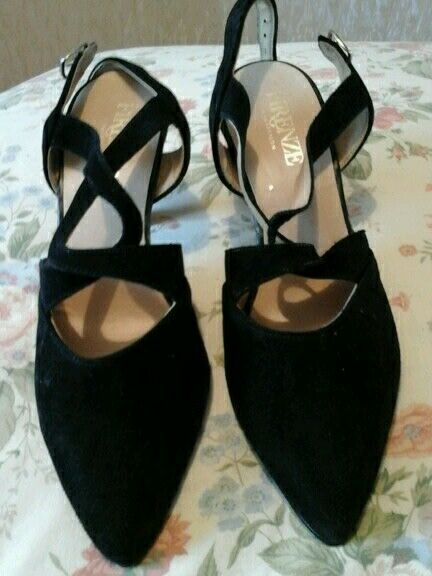 Ladies black shoes size 6 faux suede brand new